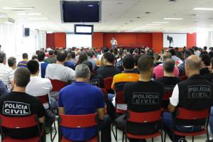 16.12.15 - Assembleia de fim da greve dos agepocs - Paulo Cabral (5)