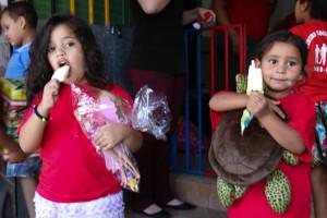 Entrega de brinquedos na Creche Tia Ilda - Paulo Cabral (246)