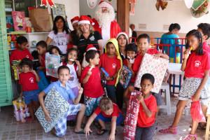 Entrega de brinquedos na Creche Tia Ilda - Paulo Cabral (262)