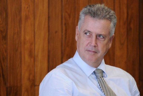 Governador não diz a verdade ao negar recursos para isonomia